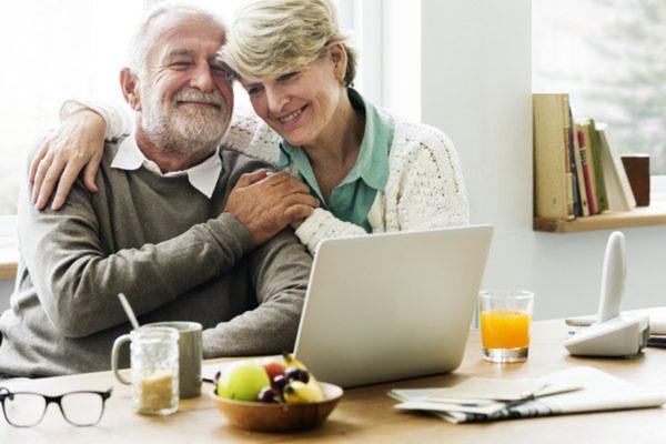 保険で老後資金が準備できる? 保険を活用する方法とは