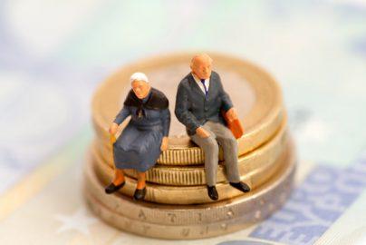 老後の備えはいくら必要?今からできる資金の貯め方のサムネイル画像