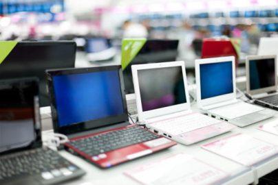 パソコン出荷2四半期増 連想される銘柄は?のサムネイル画像