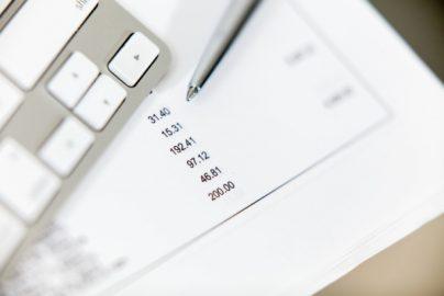 【投資のヒント】12月決算銘柄の中間決算集計 株価が大きく動いた銘柄はのサムネイル画像