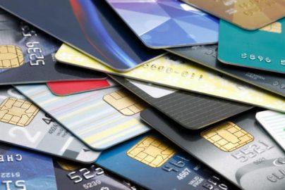 旅行時、保険にわざわざ入らなくていい? クレジットカード付帯保険とはどんなものかのサムネイル画像