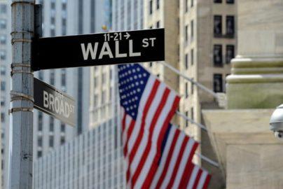【米国株MarketPickUp】大統領就任式を前にダウ平均は続落のサムネイル画像