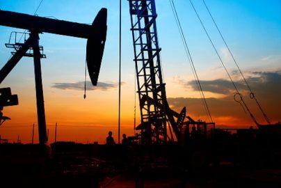 「原油価格の法則」によれば世界株安は当分無い!のサムネイル画像