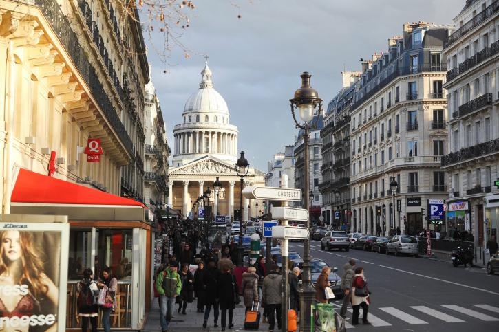 パリの不動産が世界から注目される理由のサムネイル画像