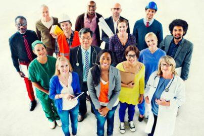 デジタル化で生産性低下?「米国でも労働者の休暇日数が減っている」デロイト調査のサムネイル画像