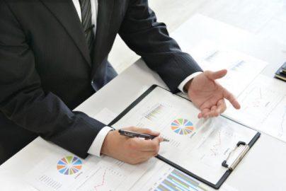銀行員の「セールストーク」は誰が考えるのか?のサムネイル画像