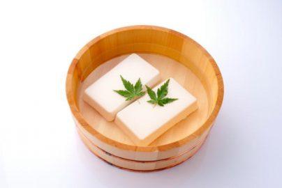 豆腐の常温販売解禁へ 豆腐関連銘柄に追い風?のサムネイル画像