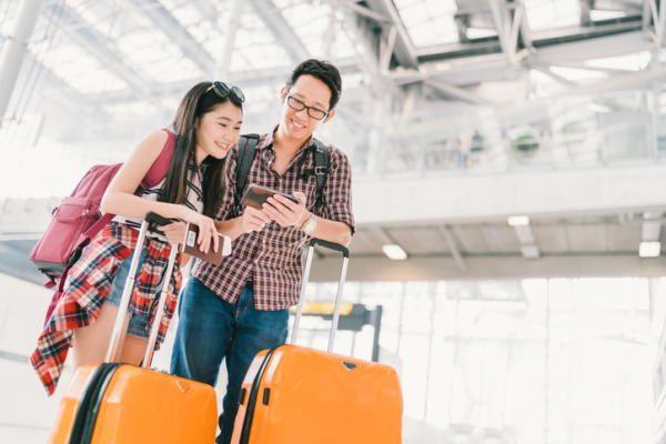旅行者増で消費額増。中国人の「爆買い」は中身が変わるも消費意欲は変わらず。今後はコト消費拡大が鍵。1泊増で+0.4兆円。