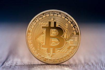 ビットコイン4000ドル突破 昔は金でしたが・・・のサムネイル画像