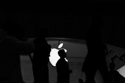 「iPhone8」発売で、恩恵を受ける部品メーカーはどこ?のサムネイル画像