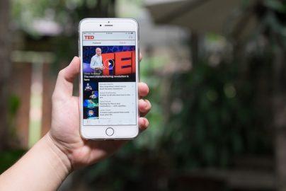 TEDで必ず見ておきたい「お金に関する名動画」8選のサムネイル画像