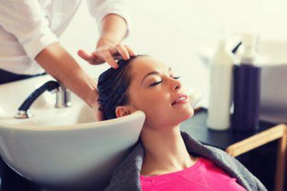 家計の聖域「美容費」を削らずやりくりする方法はないの?のサムネイル画像