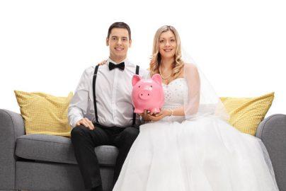 結婚っていくらかかるの? ライフプランの立て方のサムネイル画像