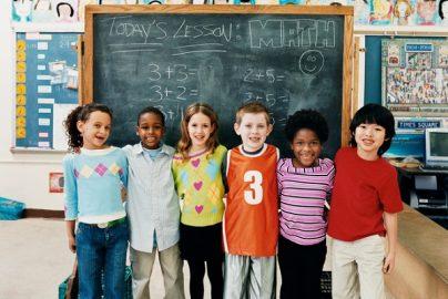 「素足教育」が素直で頭のいい子を創る?素行・集中力アップのサムネイル画像