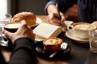 ライバル対決!「スターバックス vs ドトールコーヒー」あなたはどちらを選ぶ?のサムネイル画像