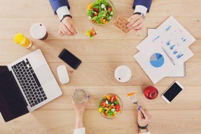 「低糖質食品」「低GI食品」とは何か ビジネスパーソンが心がけたい食べ方のコツのサムネイル画像