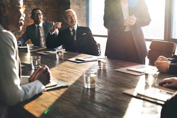 取締役会にも改革、取締役の4割が「役員入れ替え必要」と回答