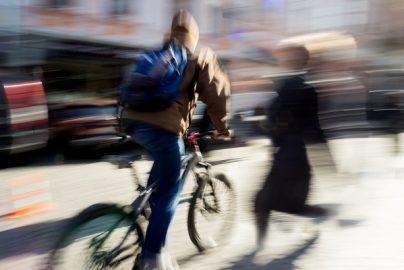 「自転車賠償責任保険」一部地域で義務化 自動車保険、火災保険で対応できる?のサムネイル画像