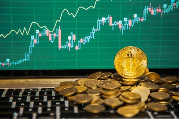 FXとどう違う? 価格上昇中「ビットコイン」投資の長所と短所
