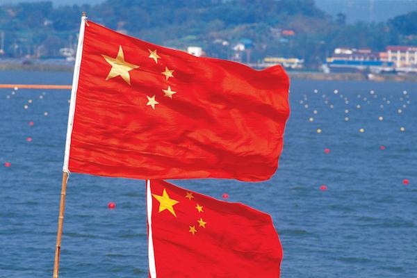 中国の成長鈍化、25%の企業が業績に「悪影響」