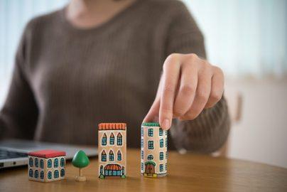 住宅ローンを上手に使うための物件選び 実は諸費用が低くすむ「新築マンション」のサムネイル画像