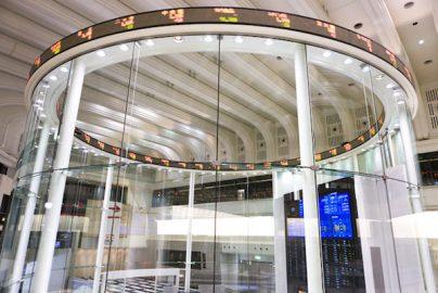 「解散総選挙」を好感する株式市場、なぜ?のサムネイル画像