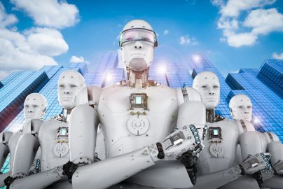 銀行の未来を切り拓く「AI運用法」 重要なのは「組織の○○○○」を断ち切ることのサムネイル画像