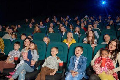 子連れで楽しめない日本の映画館 鑑賞マナーの「悪い」マレーシアから考えるのサムネイル画像