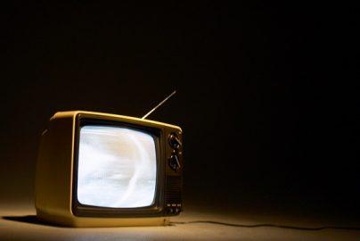アメリカではTV所持・契約数が減少するも他機器の視聴が増加中のサムネイル画像