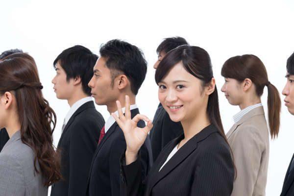 三大メガバンク社員の平均年収、中途入社者のクチコミ情報で比較