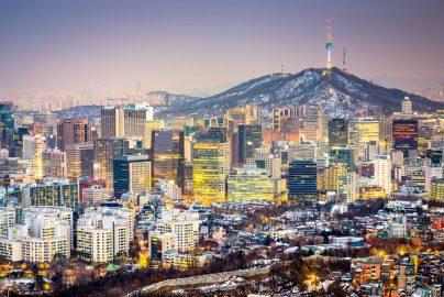 公務員への接待を規制する「金英蘭法」施行、接待激減で企業の売り上げ減少 韓国のサムネイル画像