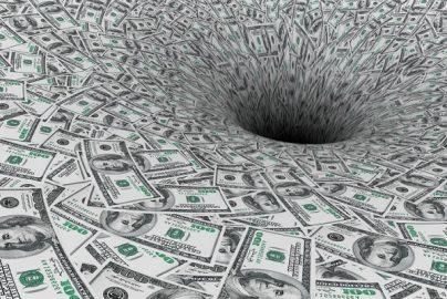 「赤字増加なしの年4%成長は不可能」トランプ財政策は非現実的?のサムネイル画像
