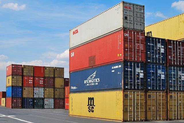 貿易赤字、輸入増で最大!その要因と日本経済への今後の影響のサムネイル画像