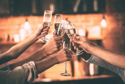 デキる飲み会幹事が「コッソリ」気を付けていること7つのサムネイル画像