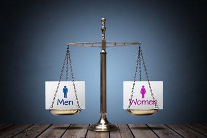 受け身では給与はあがらない?根深い男女所得格差問題のサムネイル画像