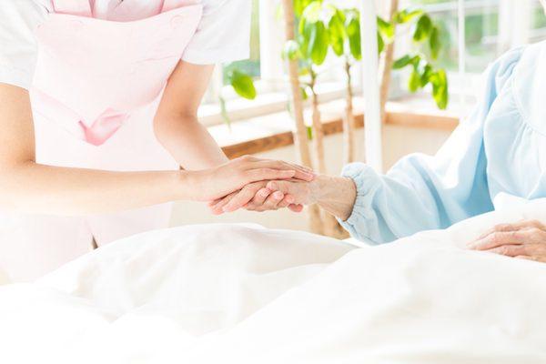 親の介護は何年後に必要? 介護費用「一生涯で2000万円以上」