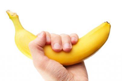 「9時間のフライトでバナナ1本」は本当?機内食が出る時間の目安とはのサムネイル画像