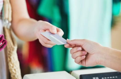 イトーヨーカドー、イオン、 楽天に学ぶ 顧客接点を統合する「オムニチャネル戦略」のサムネイル画像