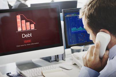 『銀行カードローン』過剰融資の問題点は?【書評】のサムネイル画像