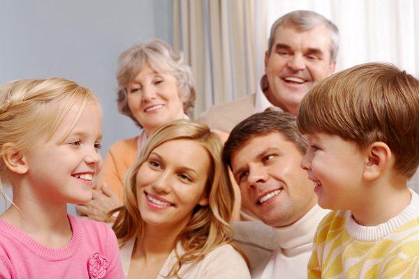 親子三世代で将来の話をしよう 孫への「学資保険」していますか?