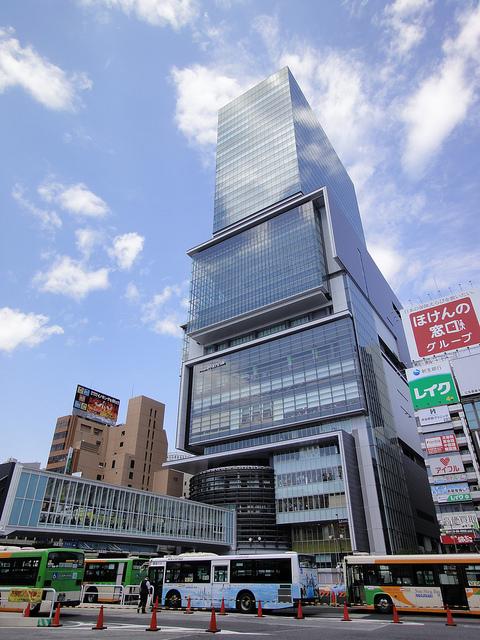 オフィス空室率6.64%!?「賃料上昇シグナル」本格点灯のサムネイル画像