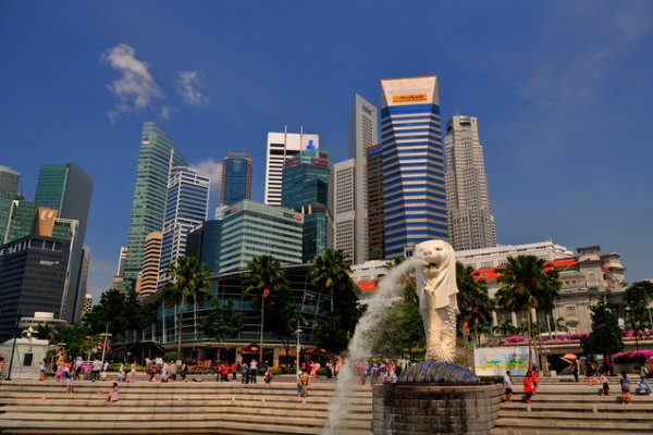 「自分の老後は自分の資金で」シンガポールの年金制度とはのサムネイル画像