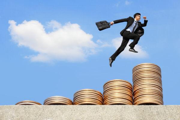 節税額は最大16万!個人型確定拠出年金の効果のサムネイル画像