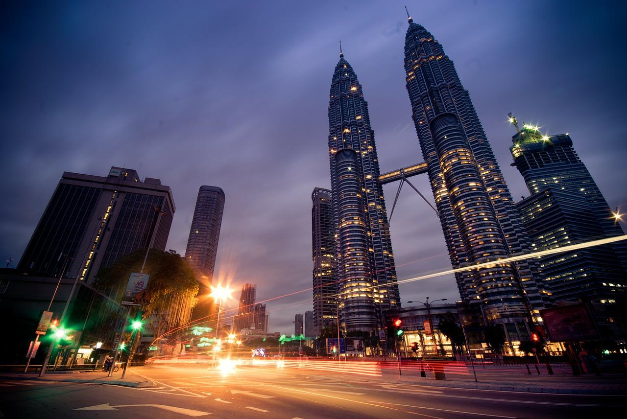 世界経済見通しが不安視される中、マレーシアが堅調!!その理由を探ってみたのサムネイル画像