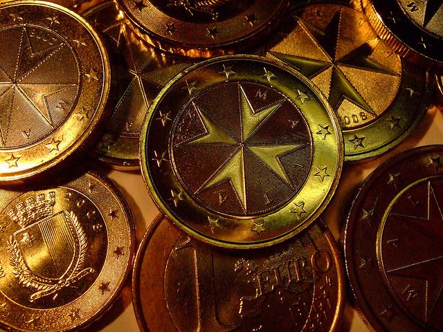 海外富裕層の間で人気化するコイン投資(アンティークコイン)のサムネイル画像