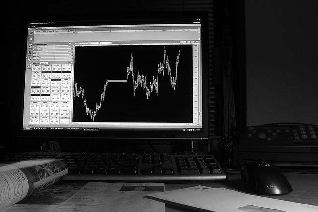 プロの投資家が株式投資で重要視するアルファ、ベータ値って何?のサムネイル画像