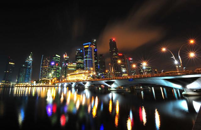 富裕層を魅了するシンガポール~教育問題・言論の自由…その魅力の裏に潜む影~のサムネイル画像