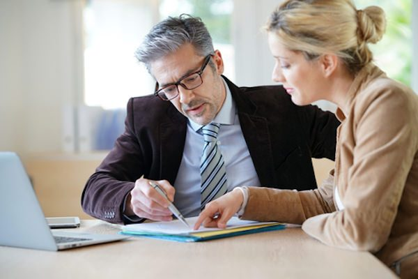不動産オーナーの究極の節税対策「法人化と事業継承」
