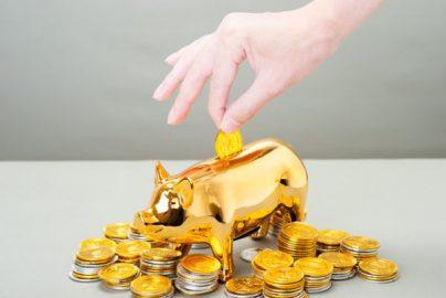 貯金は何歳までに いくらあるのが理想?のサムネイル画像