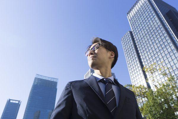 営業職の人が選ぶ転職人気企業ランキング、業種別でも強かったあの企業